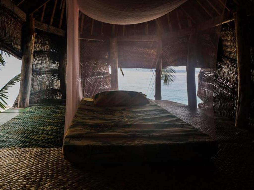 Faofao Beach Fales Resort In Lalomanu