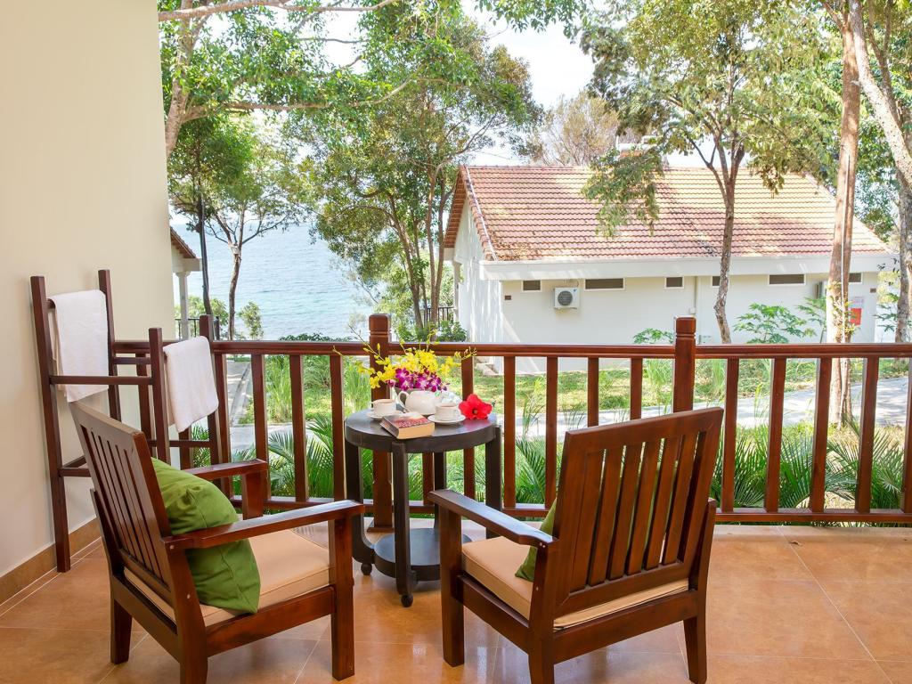 Deluxe Sea View King or Twin - Guestroom Sea Sense Phu Quoc Resort & Spa