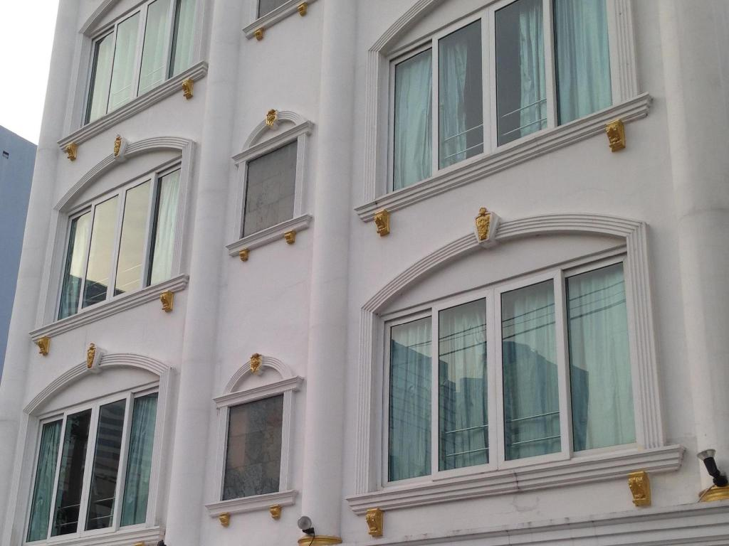 More about Silom3 Apartment