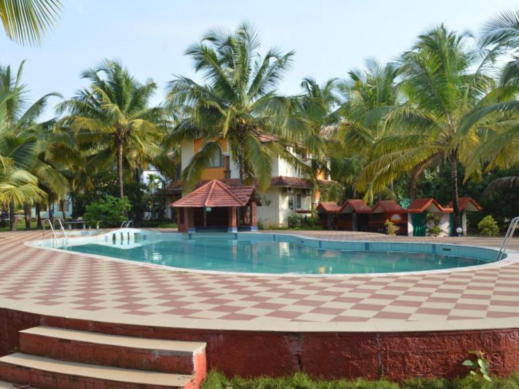 Kolam renang Leisure Vacations Tarang Resorts