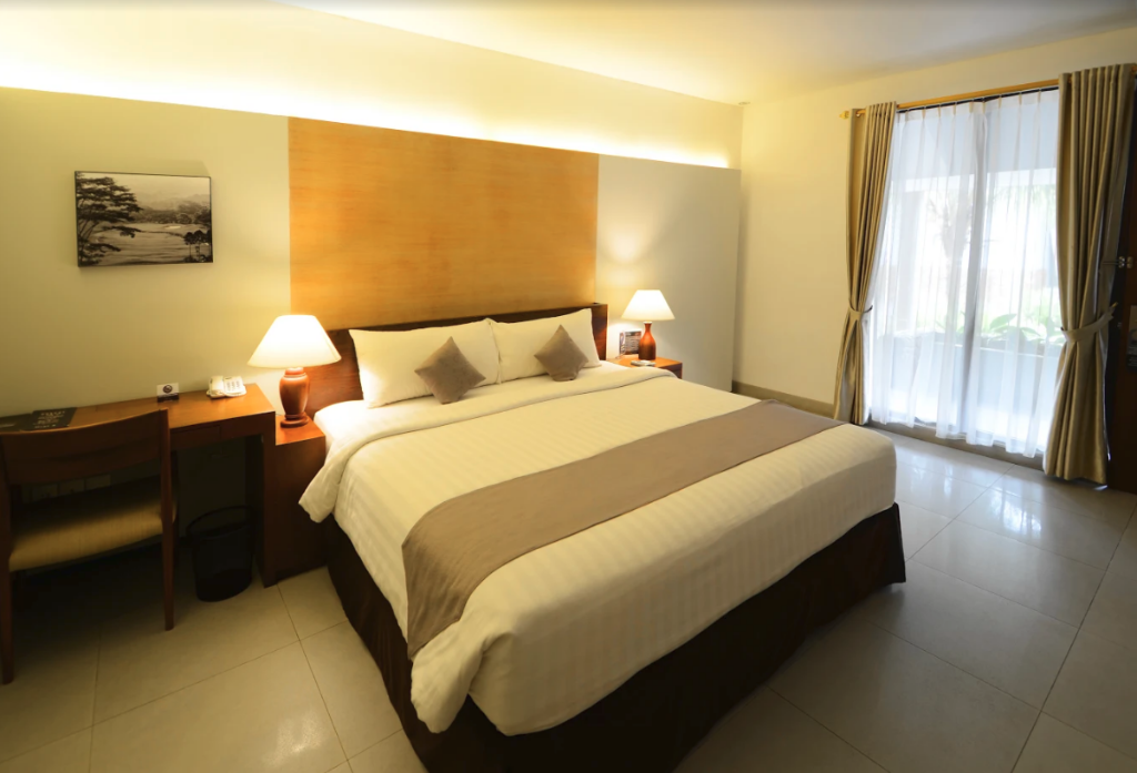 Space Room Pool Access - Denah kamar Hotel Neo+ Green Savana by ASTON