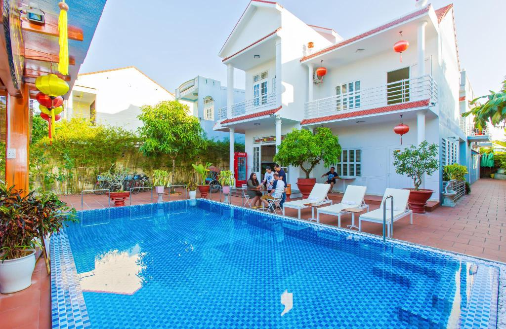 Swimming pool Hoi An Life Homestay