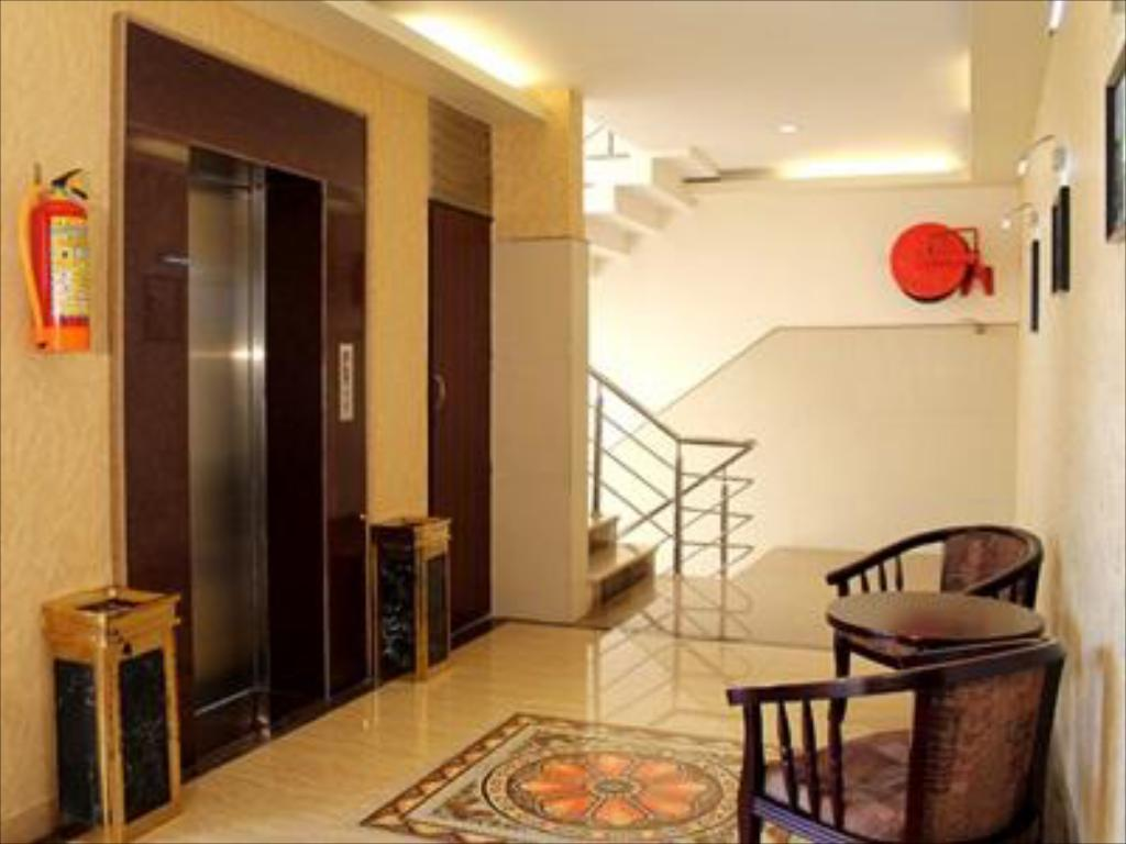 Интерьер Hotel Vinayak Grand