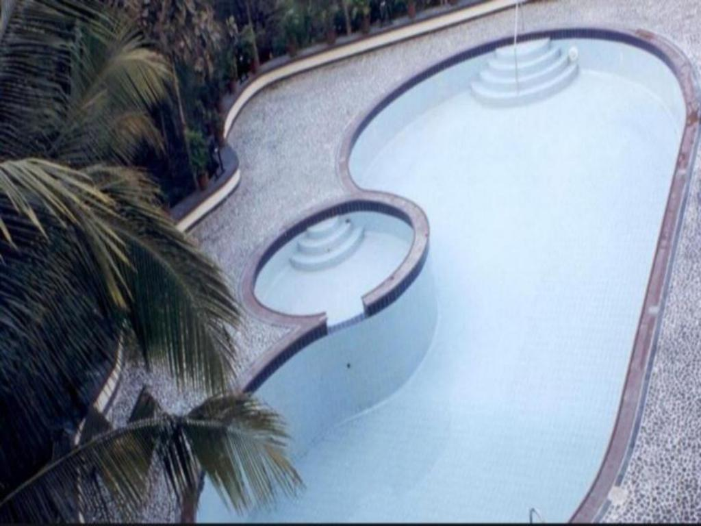 Swimming pool Hotel Kala Sagar