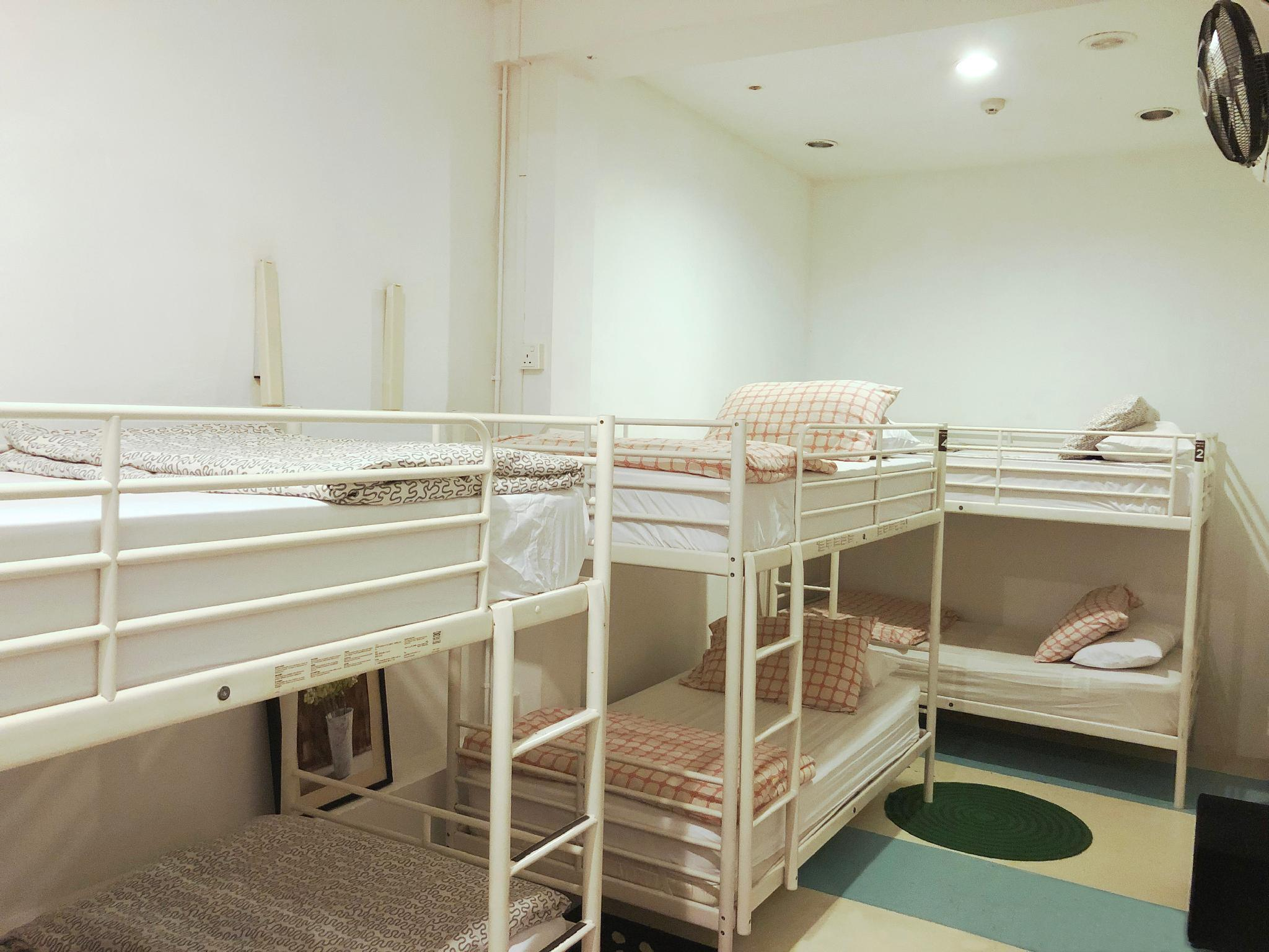 2 People in 6-Bed Dormitory - Female Only
