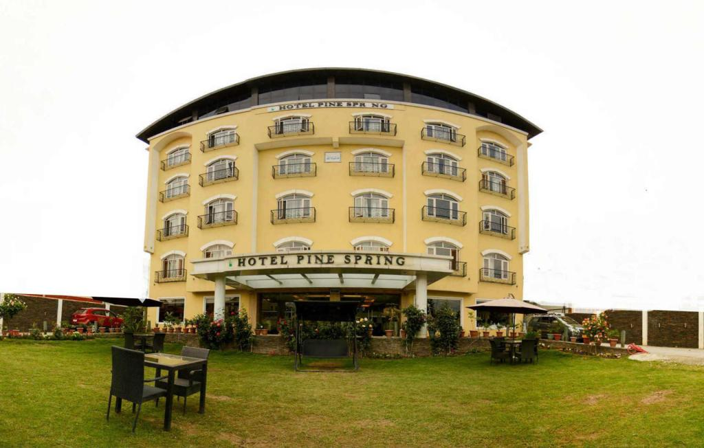 More about Hotel Pine Spring Srinagar