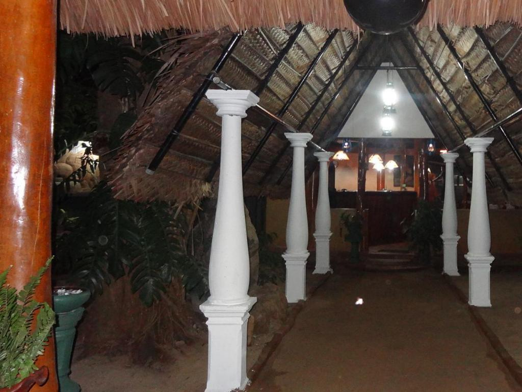 Entrance Safari Village Hotel