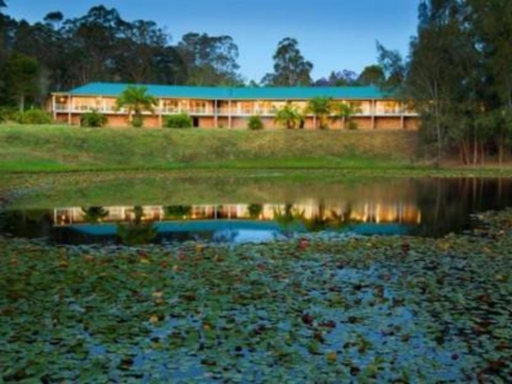 golf club motor inn wingham in australia room deals. Black Bedroom Furniture Sets. Home Design Ideas