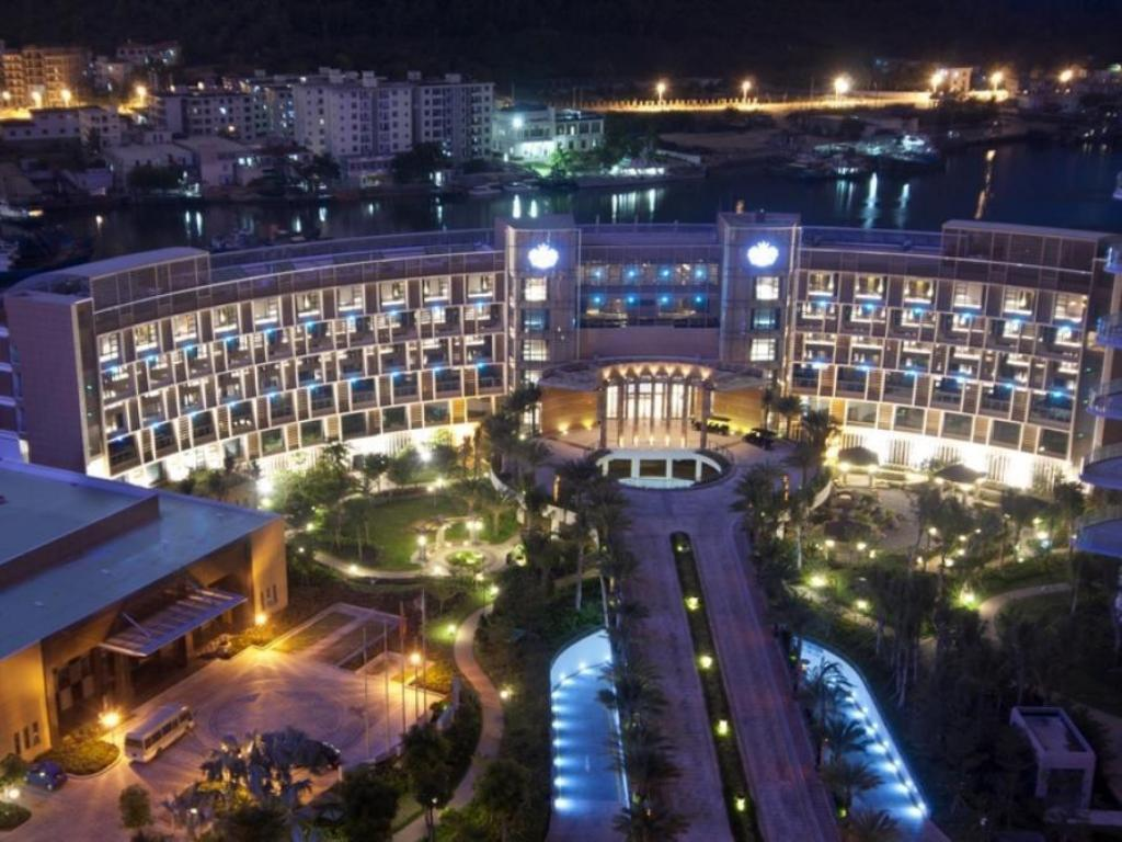 Visun Royal Yacht Hotel