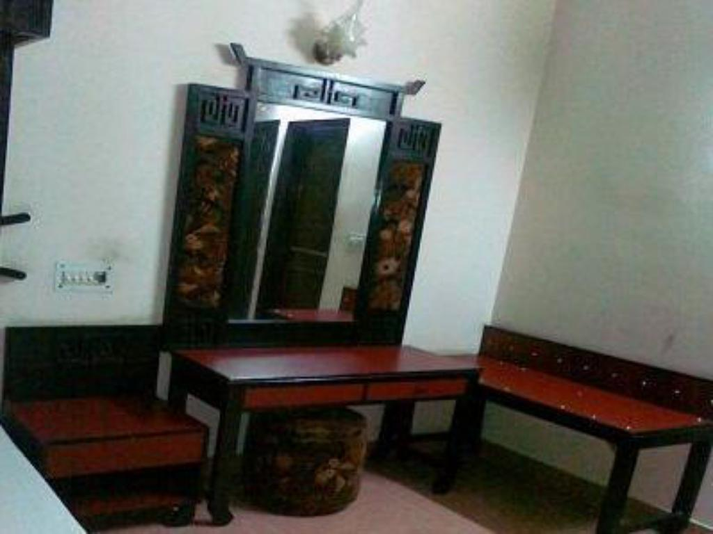 Deluxe - Guestroom Hotel Clark International