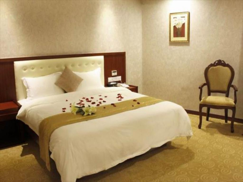 Superior King Bed - Bed Bao Qing Fu Hotel