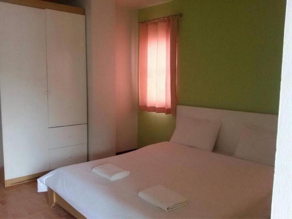 Standard Double Room - Bed B2 Place