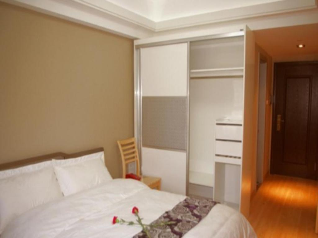 King Bed Room - Bed Hangzhou Hong Fei Apartment