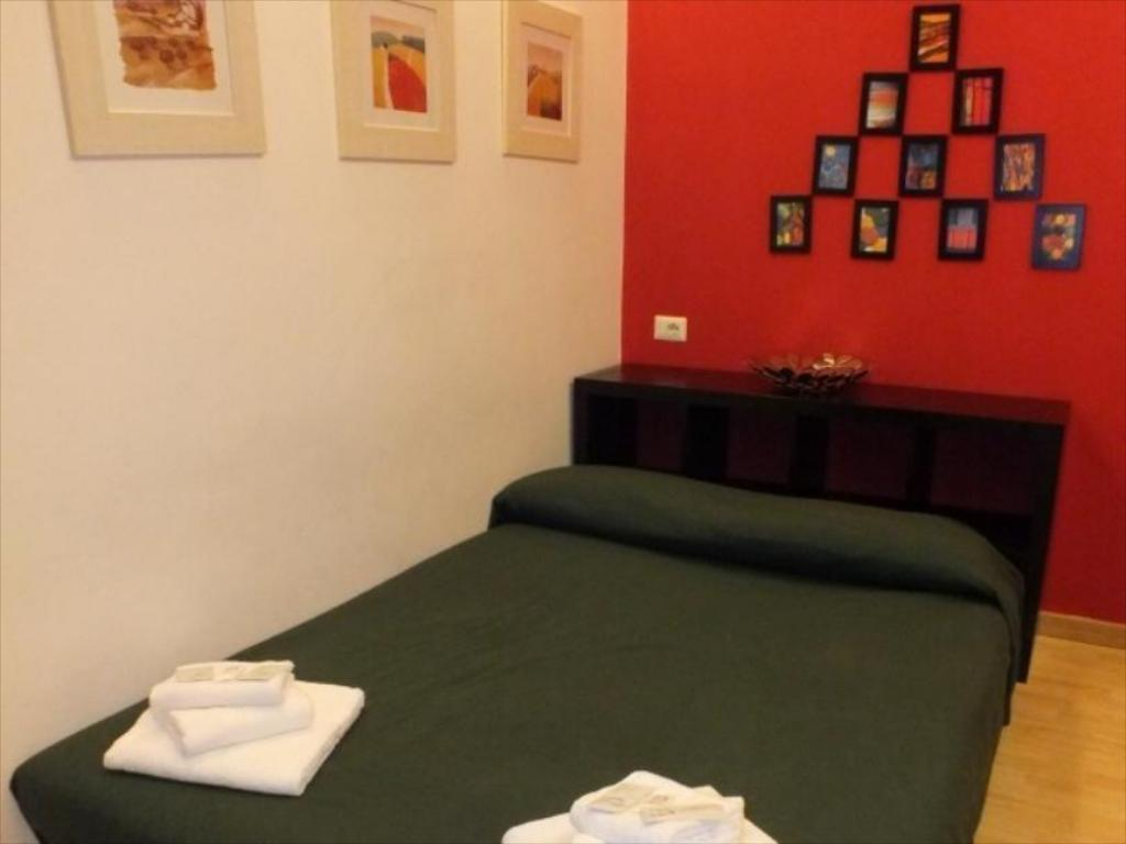 Double with Kitchenette and Private External Bathroom - Bed Vatican City Guest House