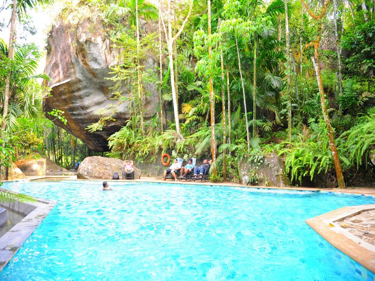 boulder garden hotel in rathnapura room deals photos reviews rh agoda com