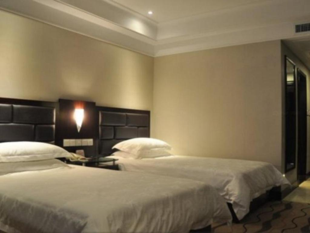 Twin - Bed Greentree Eastern Taiyuan Liuxiang North Hotel