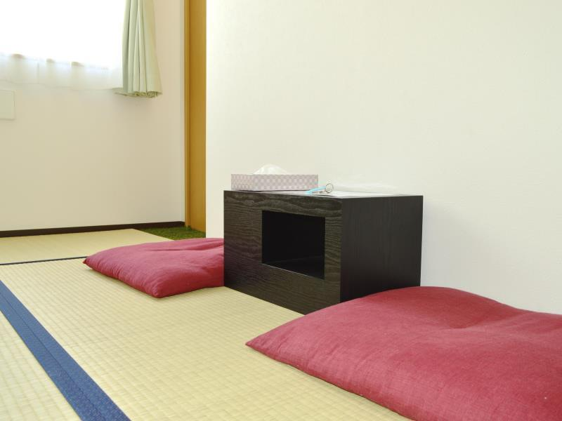 Japanese-Style Standard Triple Room with Shared Bathroom
