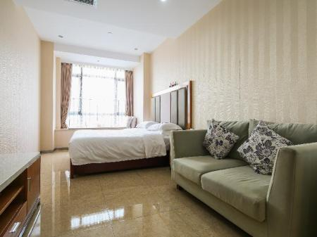 Делукс кинг Guangzhou Royal River Waifiden Apartment