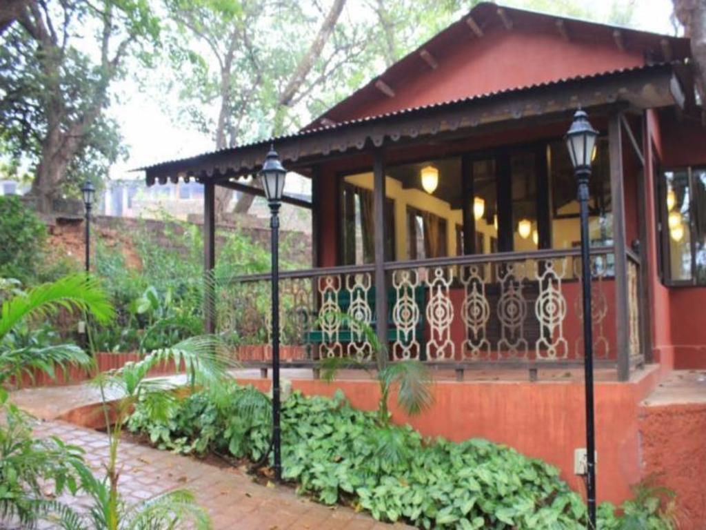 Hotel Radha Cottage