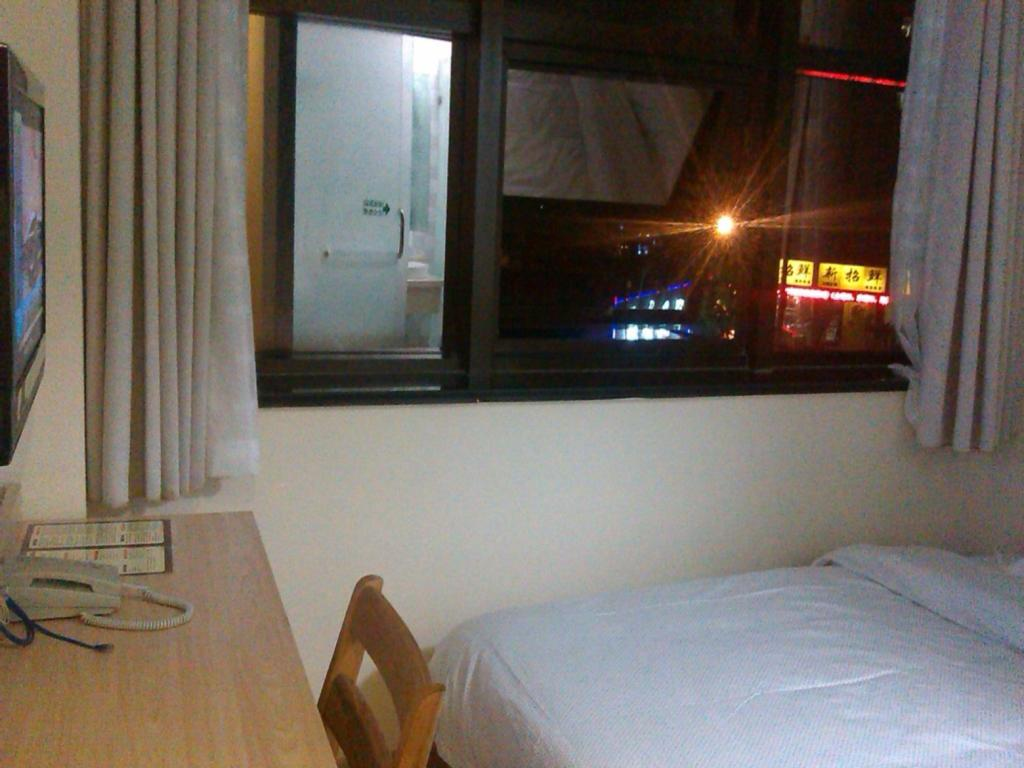 Single Bed - Guestroom Huaxun Inns Shanghai Mei Yuan Branch