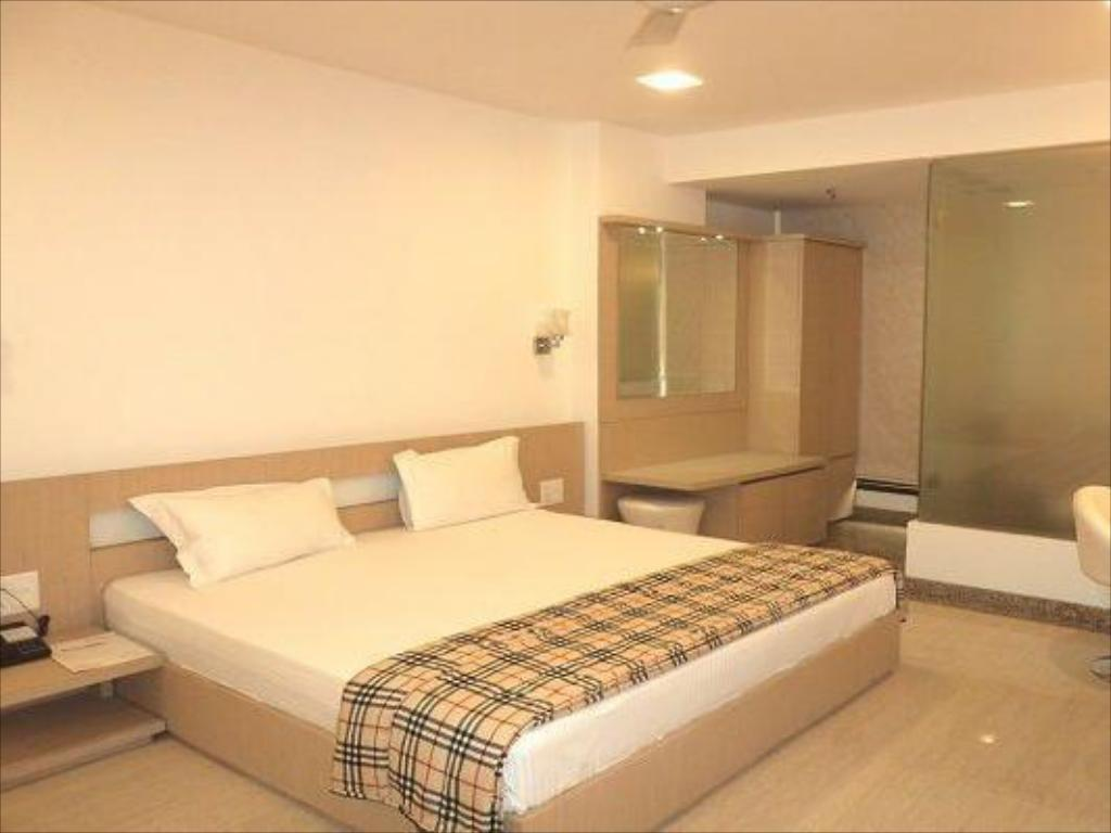 Executive Room - Guestroom Hotel Relax Suite