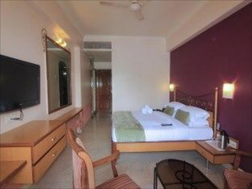 Quarto Deluxe Leisure Vacations Mayur Emerald