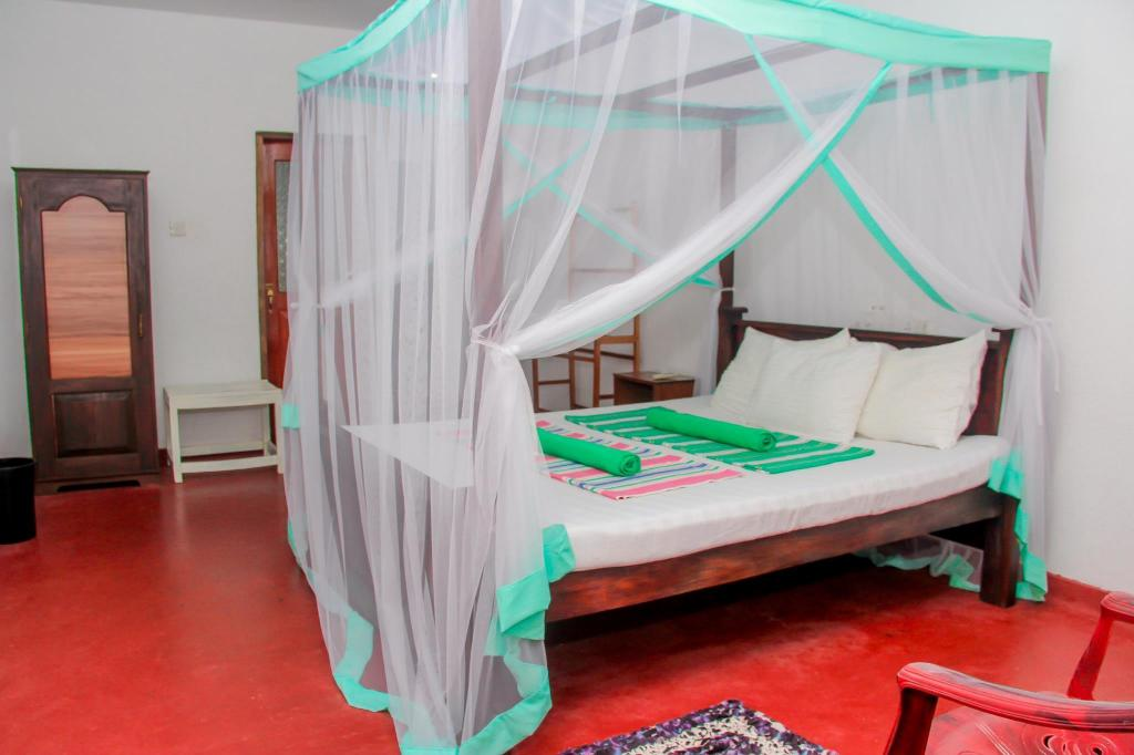 Standard Double Room AC - Bed Greenery Lanka Villa