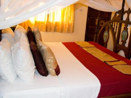 Single Room with Bathroom - Bed Tembo House Hotel And Apartments