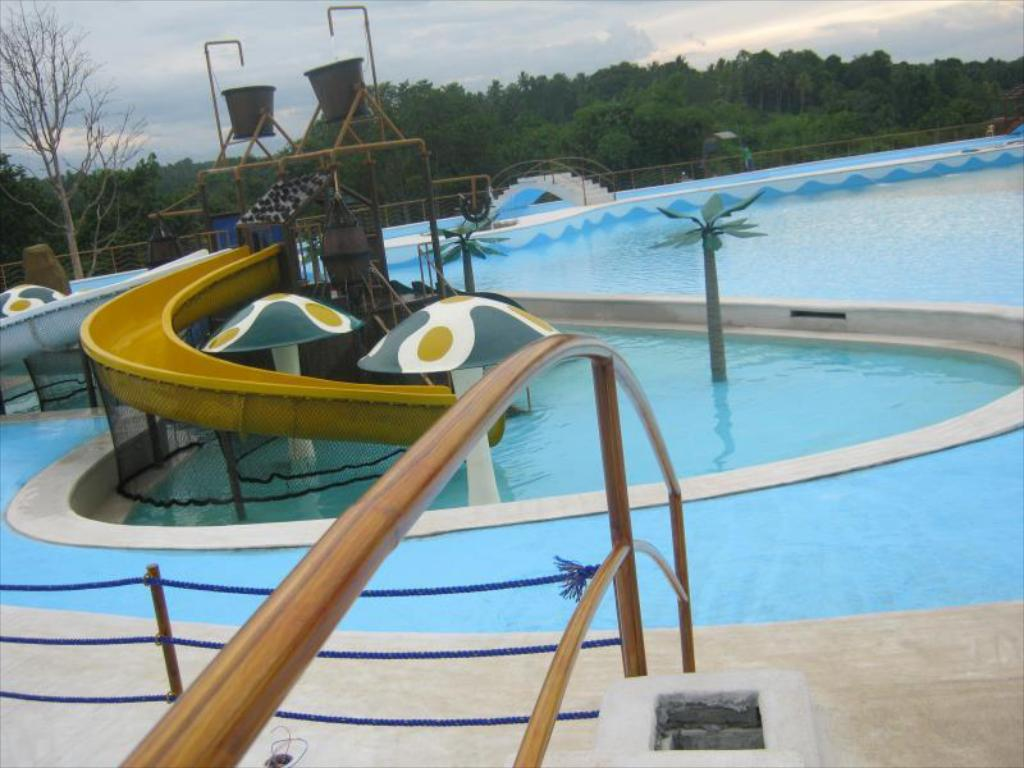 D Leonor Inland Resort y Adventure Park (D Leonor Inland Resort and Adventure Park)