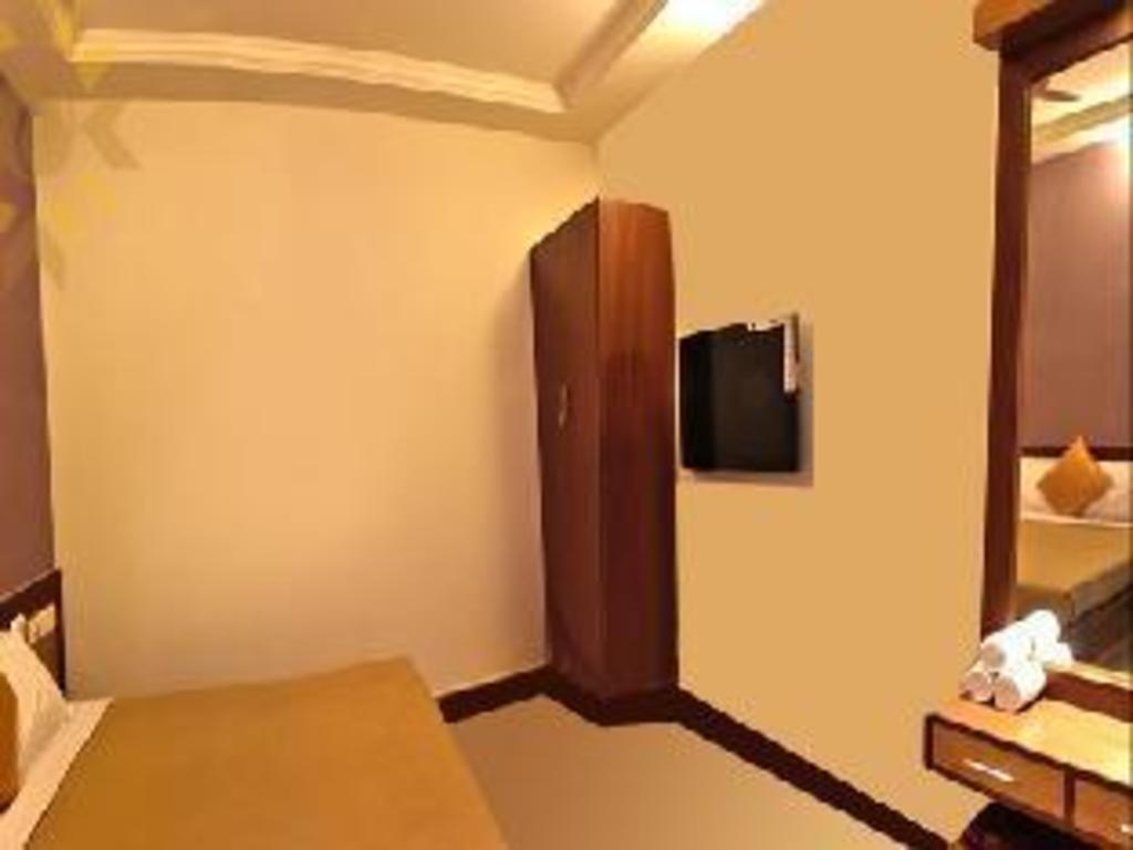 Citi Business Hotel in Pondicherry - Room Deals, Photos
