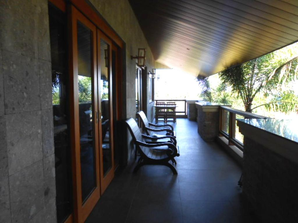 Balcony/terrace Tirta Spa Homestay