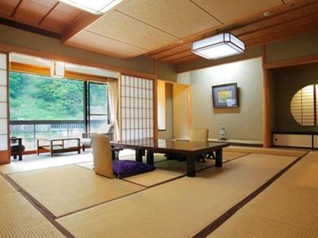 More about Ryokan Enraku