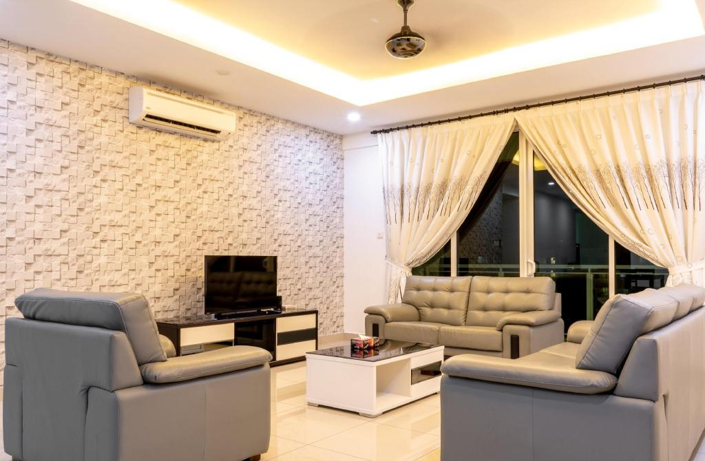 Best Price on Meridian Sunset Suite by D Imperio Homestay in Penang