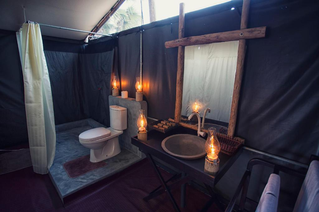 Comfort Tent - Bathroom The Beach Camp Yala