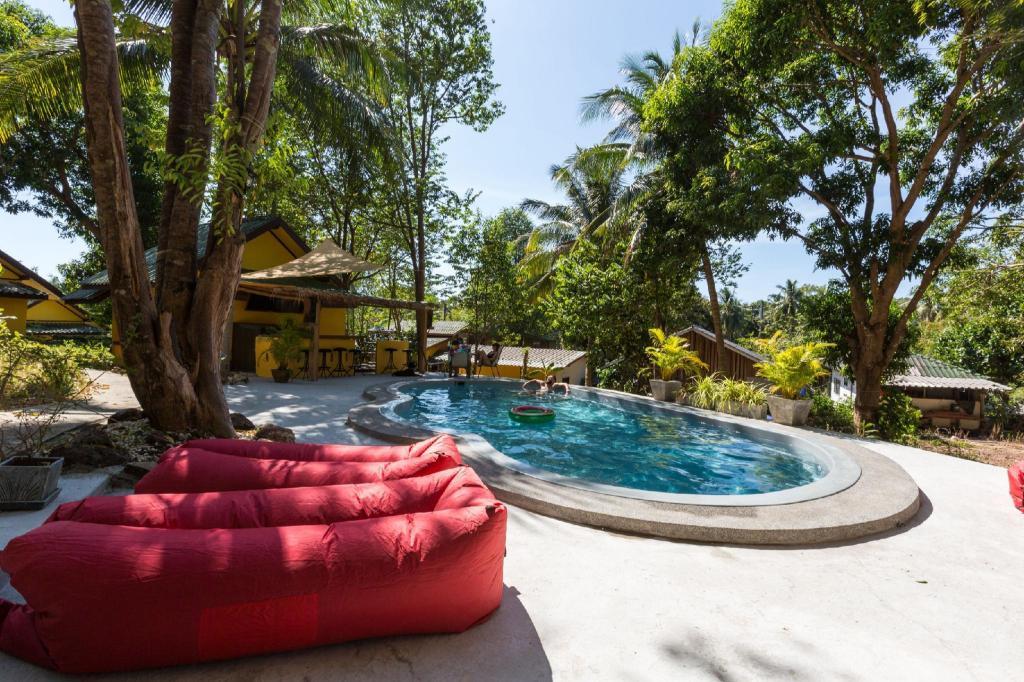 Coconut Garden Hostel Koh Chang Deals Photos Reviews