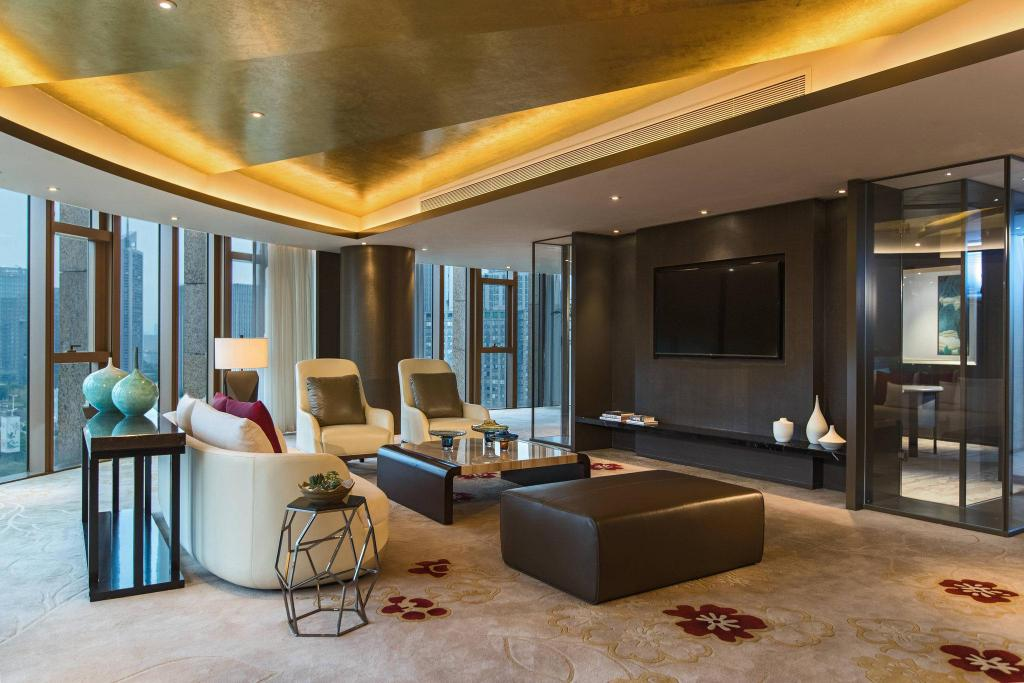 Presidential Suite, Club lounge access, Olympic Centre view Renaissance Nanjing Olympic Centre Hotel