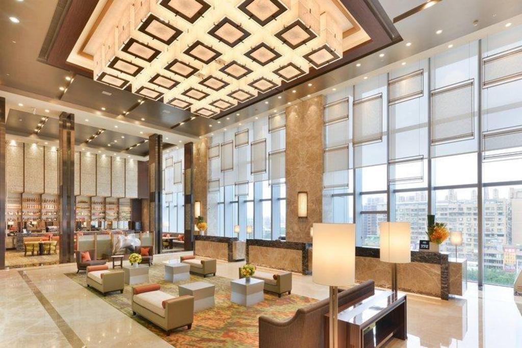 六福萬怡酒店| 台北市2020年最新優惠TWD3256 │ 點進來看照片和評論~