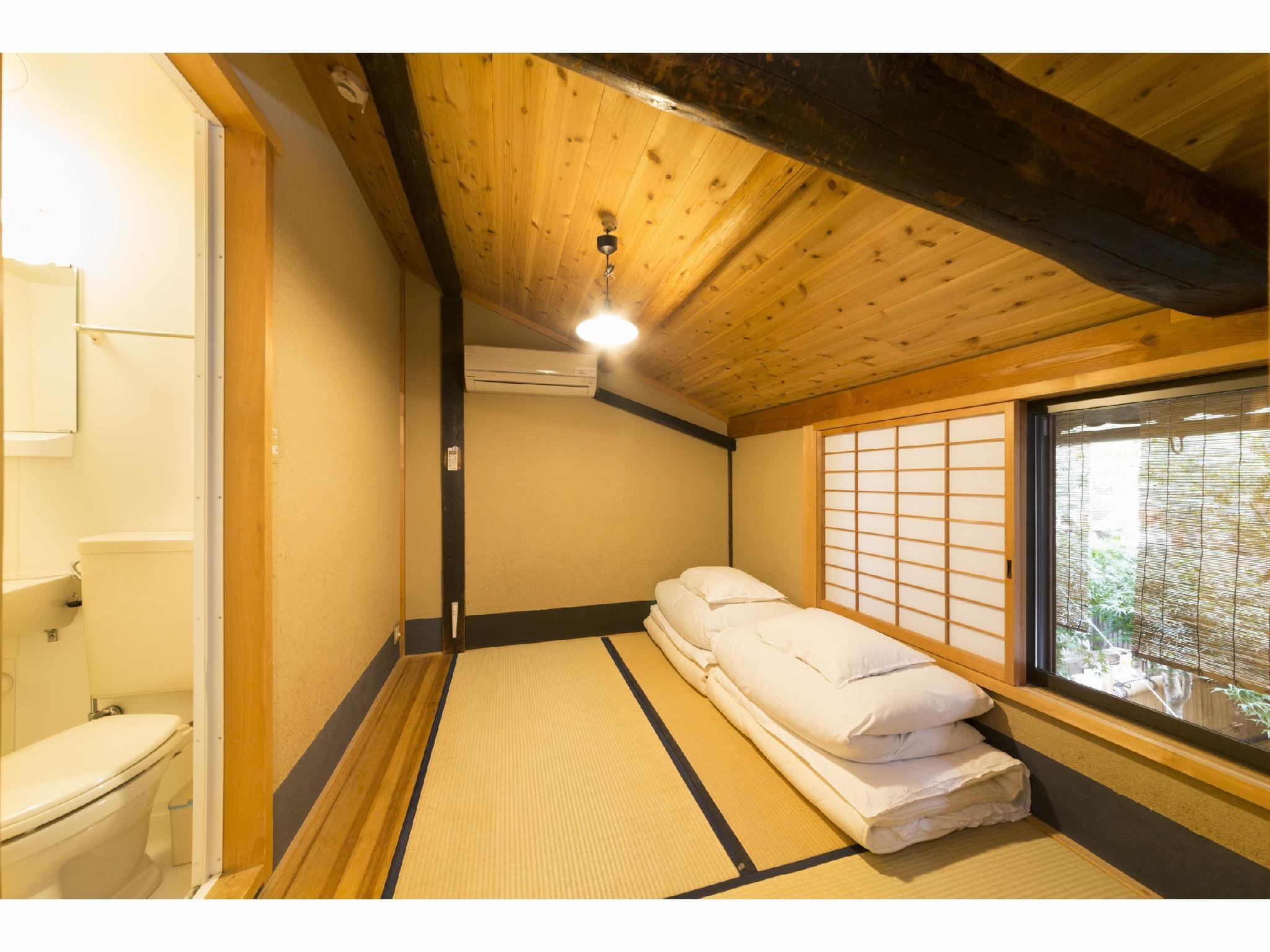 三人房-附淋浴 (Triple Room with Shower)