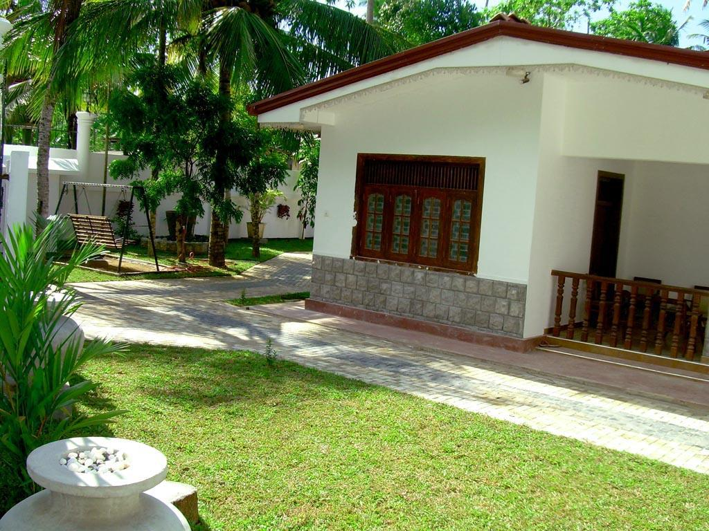 Bandhusena House and Apartment