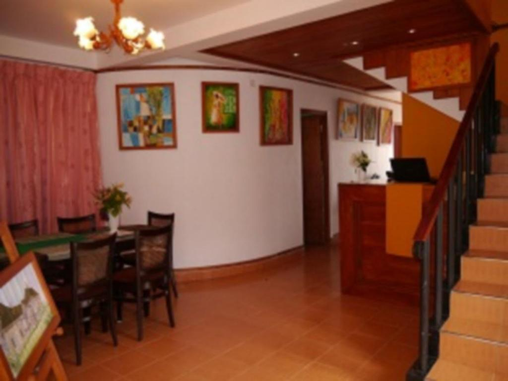 Interior view Goodwill Lanka Cottage