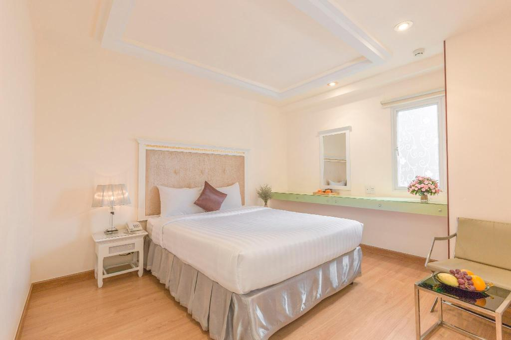 Dyn Opera Hotel in Ho Chi Minh City - Room Deals, Photos