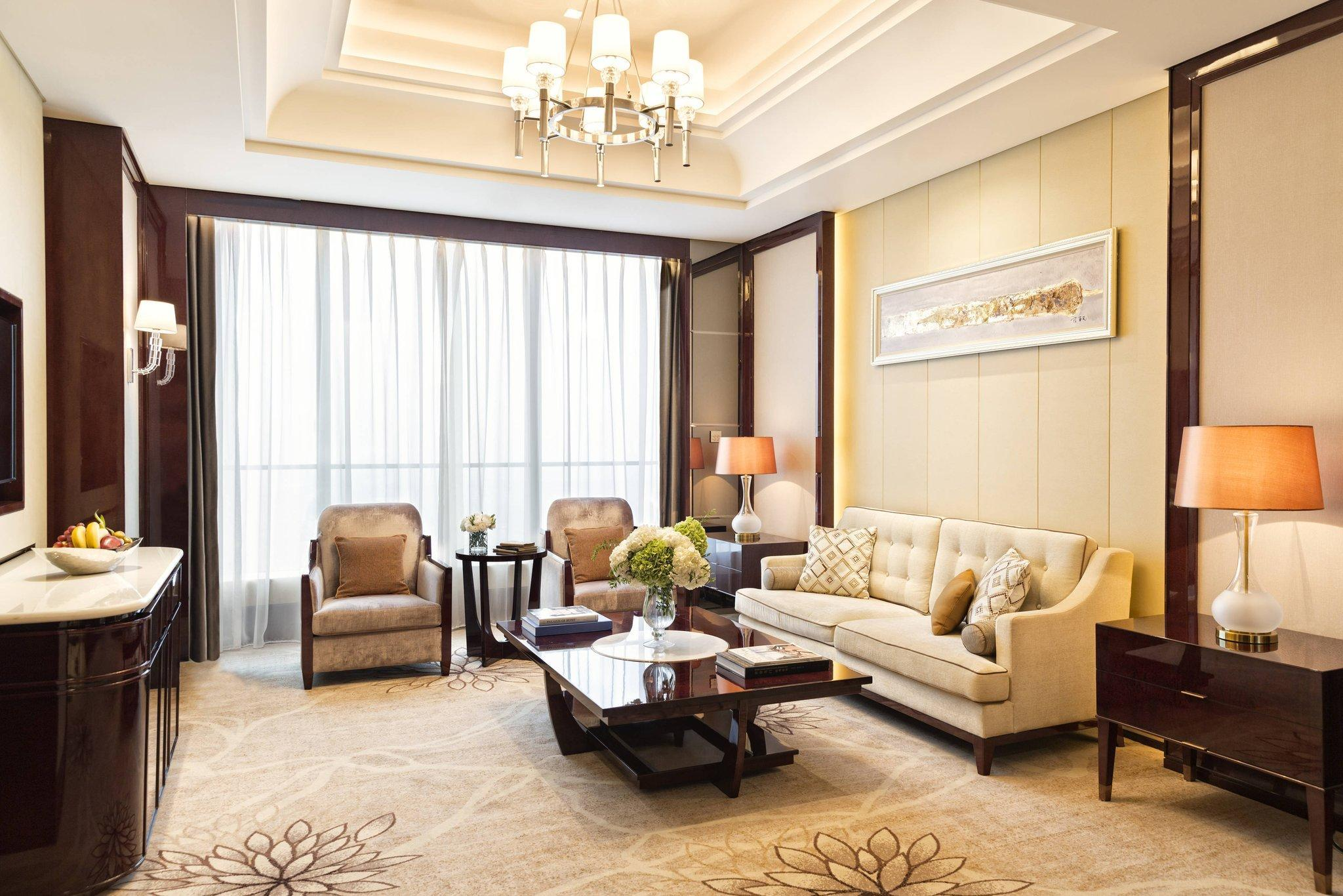 Executive Suite with King Bed - Executive Lounge Access Included (Executive Suite, Executive lounge access, 1 King)