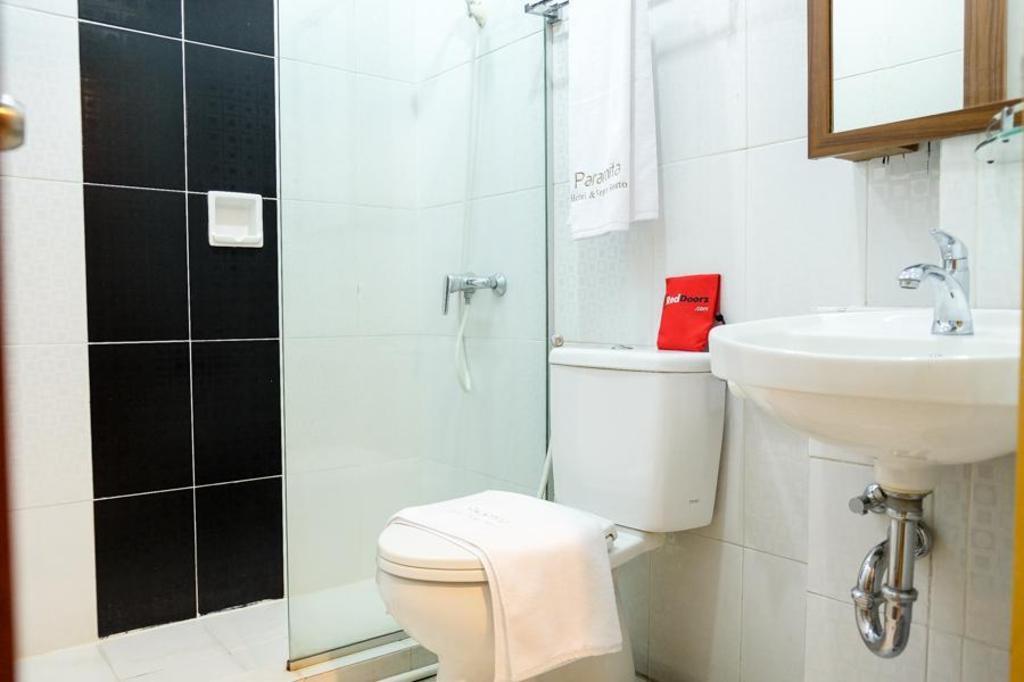 Reddoorz Plus Near Pekanbaru Mall Hotel Deals Photos Reviews