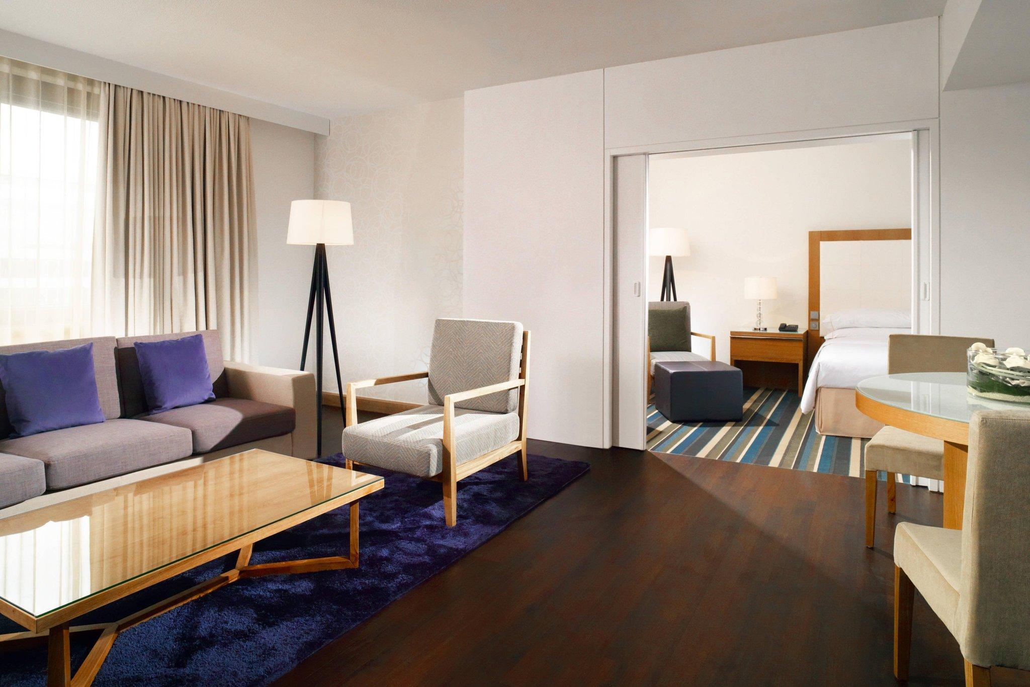 Sheraton Club Room, Club lounge access, Guest room, 1 King
