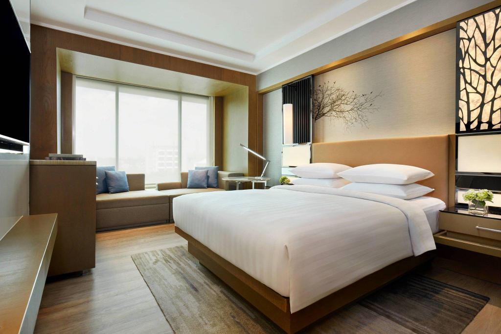 Deluxe, Guest room, 1 Queen, North Wing Courtyard by Marriott Bandung Dago