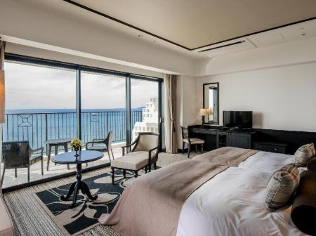 Superior Hollywood Twin Room - Room plan Hotel Monterey Okinawa Spa and Resort