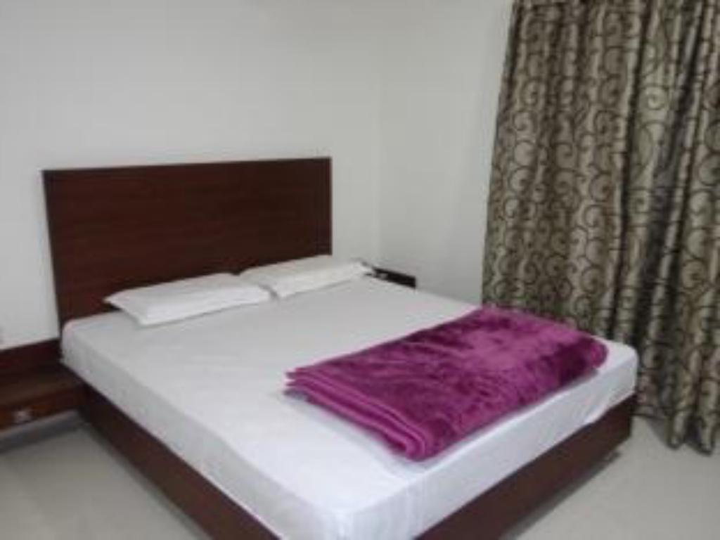 See all 11 photos Hotel Maheshwari Avenue