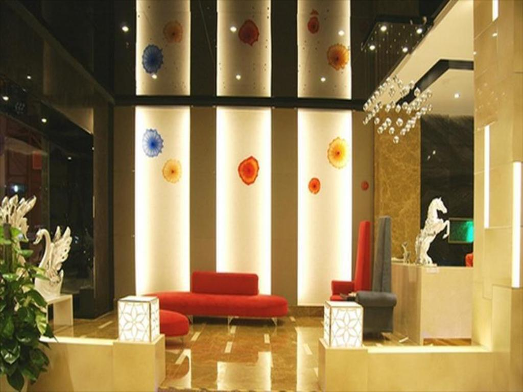 Lobby Milan Fashion Hotel Baoan Gang Long Cheng Branch