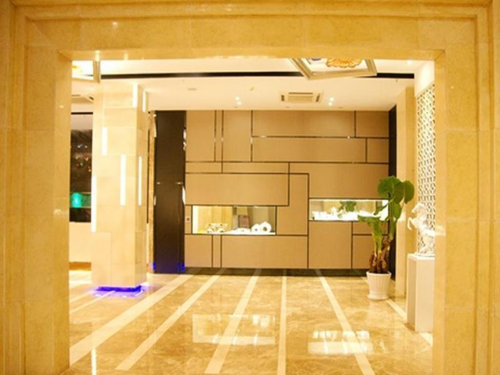 Empfangshalle Milan Fashion Hotel Baoan Gang Long Cheng Branch