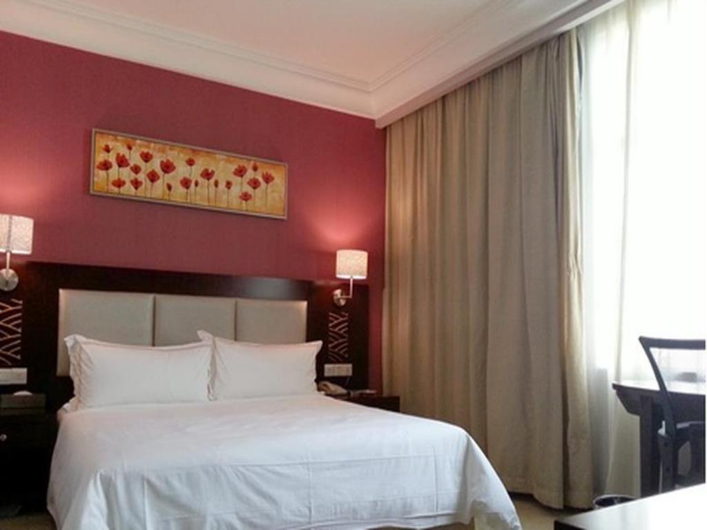 Mini Room - Bed Milan Fashion Hotel Baoan Gang Long Cheng Branch